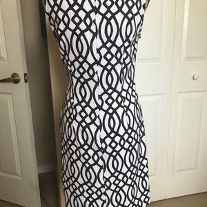 Dresses - Basic black/white geometric shape dress